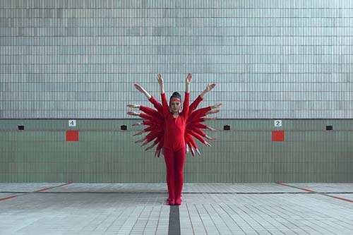 ASYMPTOTE video: arte e moda