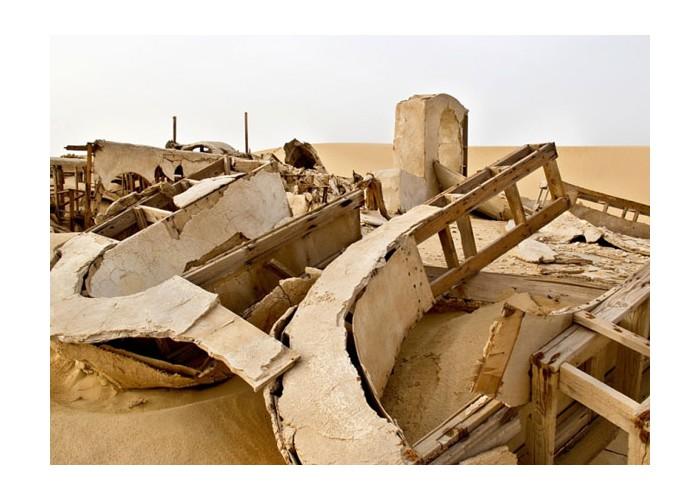 Ra di Martino - No More Stars (Scene From Abandoned Set), fotografia. Galleria Monitor, Roma.